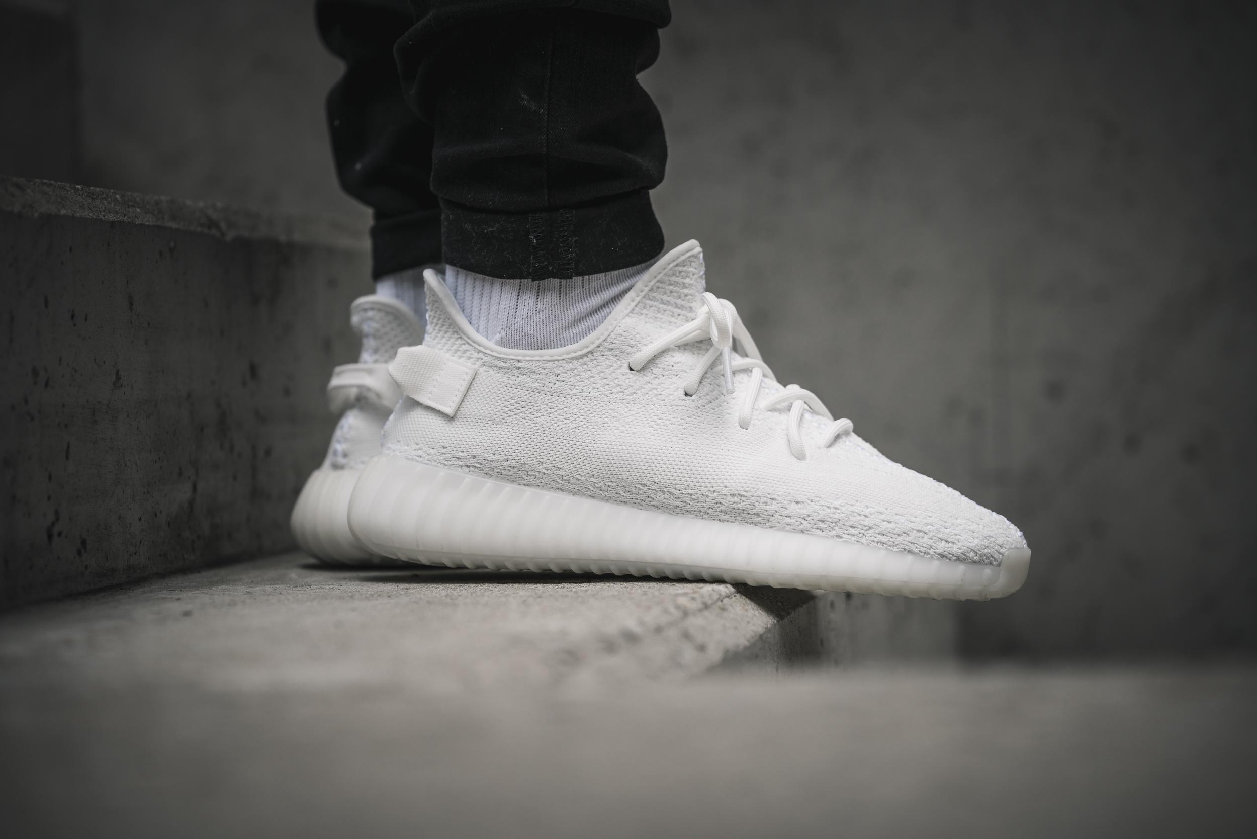 50382d8816bd4 ... adidas Yeezy Boost 350 V2 - Solebox Preview On Foot - EU Kicks Sneaker  Magazine ...