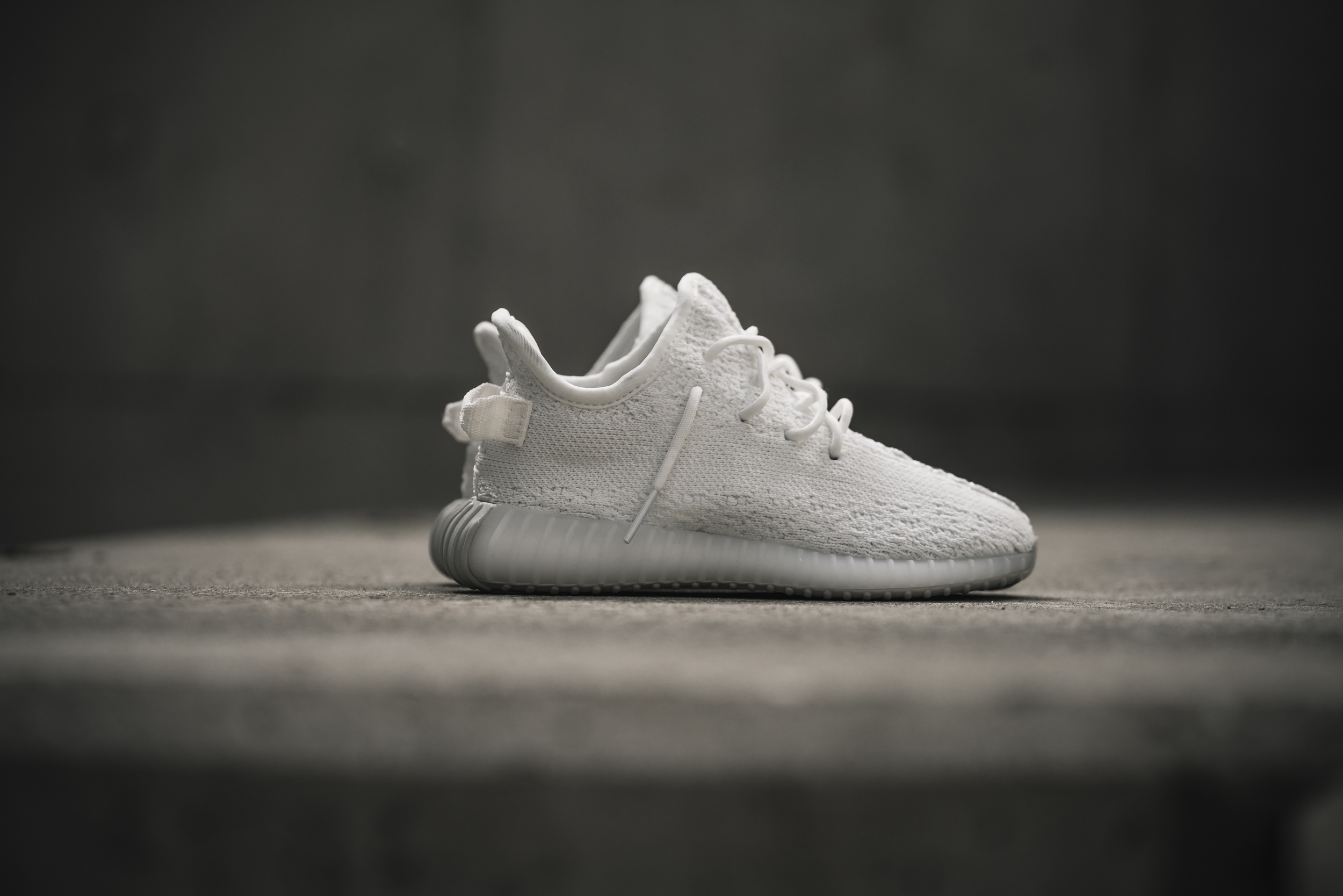 6caba6e01 adidas Yeezy Boost 350 V2 - Solebox Preview   On Foot - OG EUKicks ...