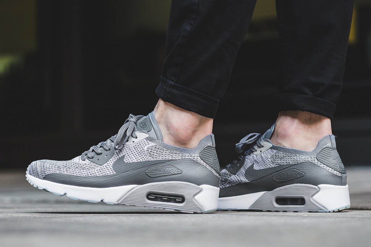 NIKE AIR MAX 90 Ultra 20 Flyknit Pure Platinum White Wolf Grey Cool Grey