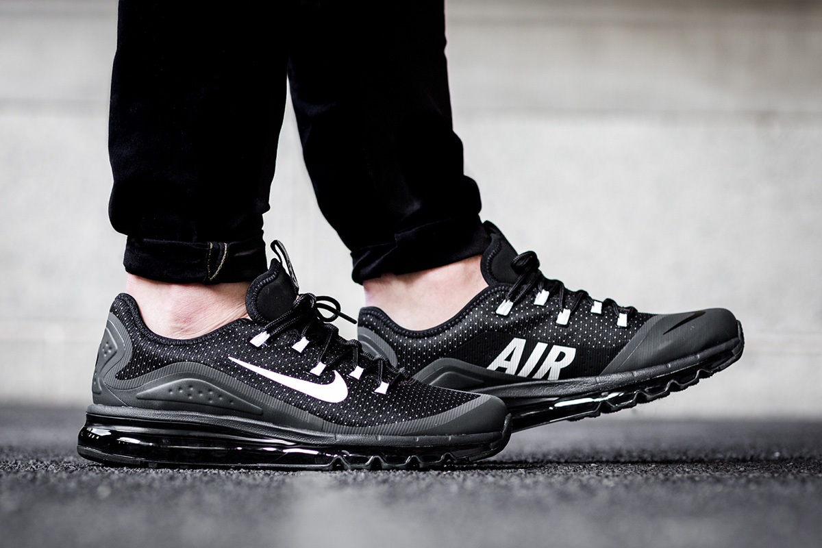 On Foot: Nike Air Max More