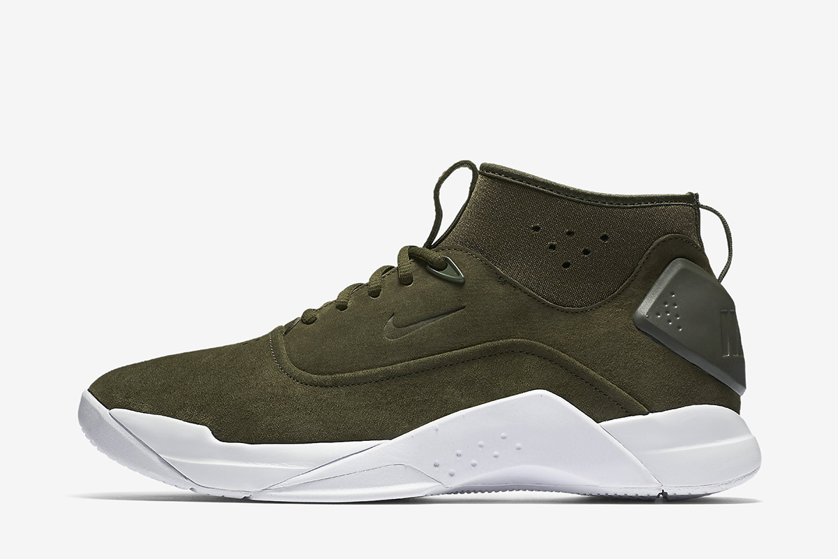 size 40 aad12 a145f Nike Hyperdunk Low CRFT