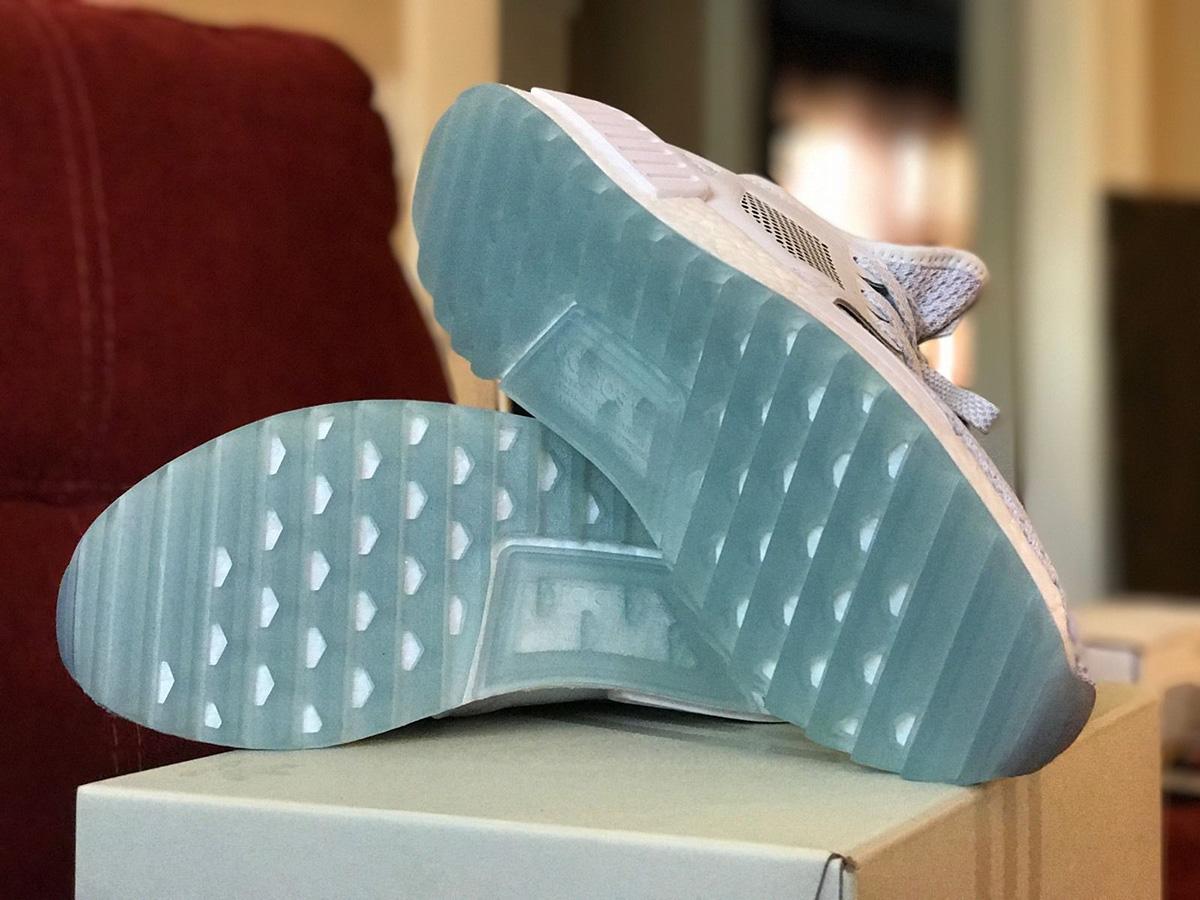 Titolo x adidas consorzio nmd rt tracce ue calci: scarpe da ginnastica magazine