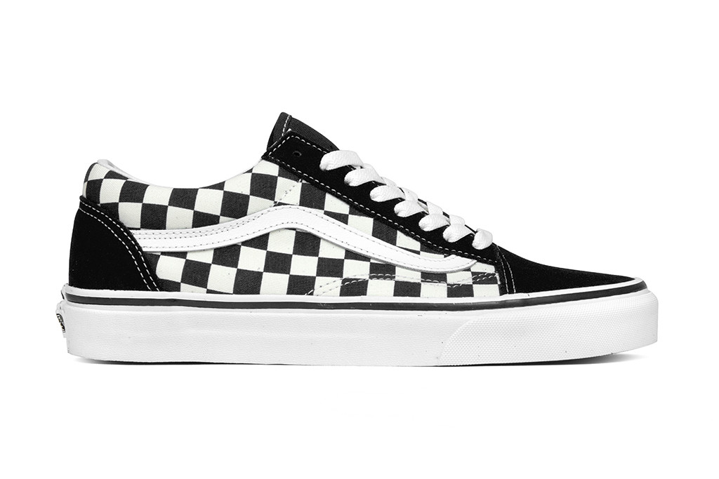 vans old skool checkerboard europe