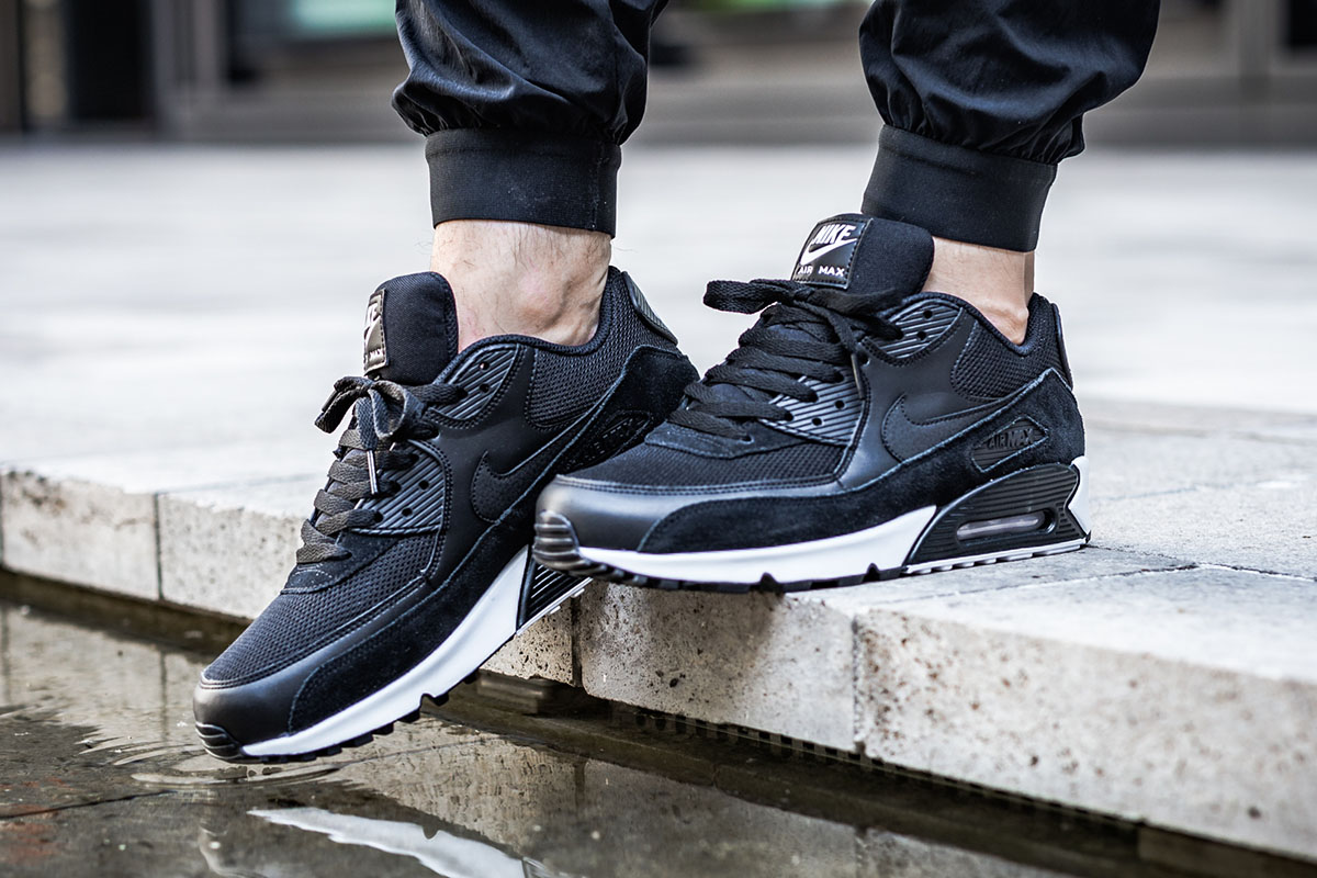 the latest 268dc bb9cd Nike Air Max 90 Essential Releases in Black White