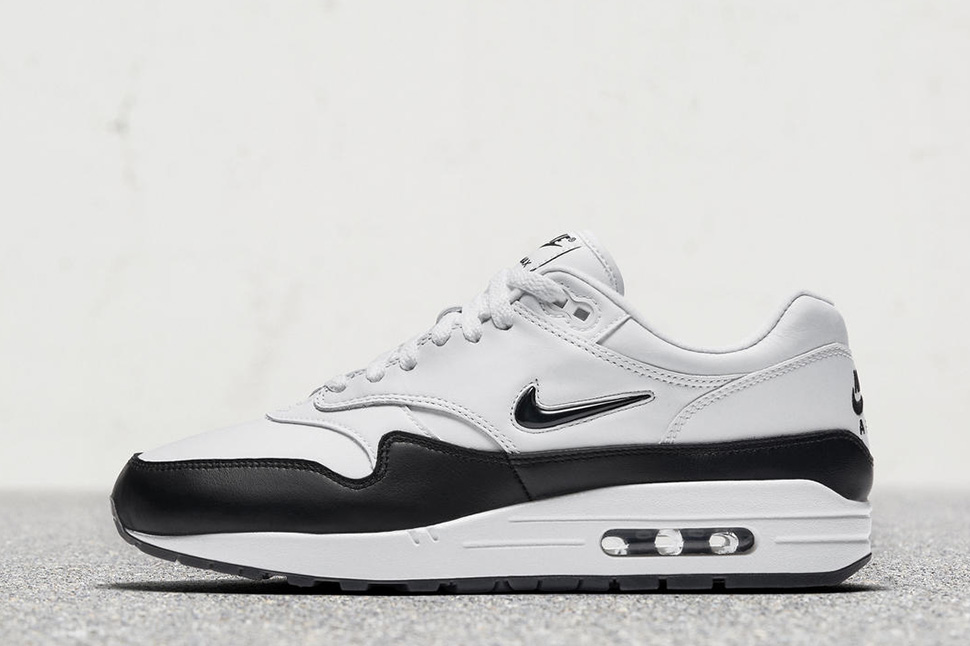 "promo code 97b34 ac15e Nike Air Max 1 Premium ""Crown Jewel"" in Black White · On-Foot  Nike Air Max  1 Premium SC Jewel"