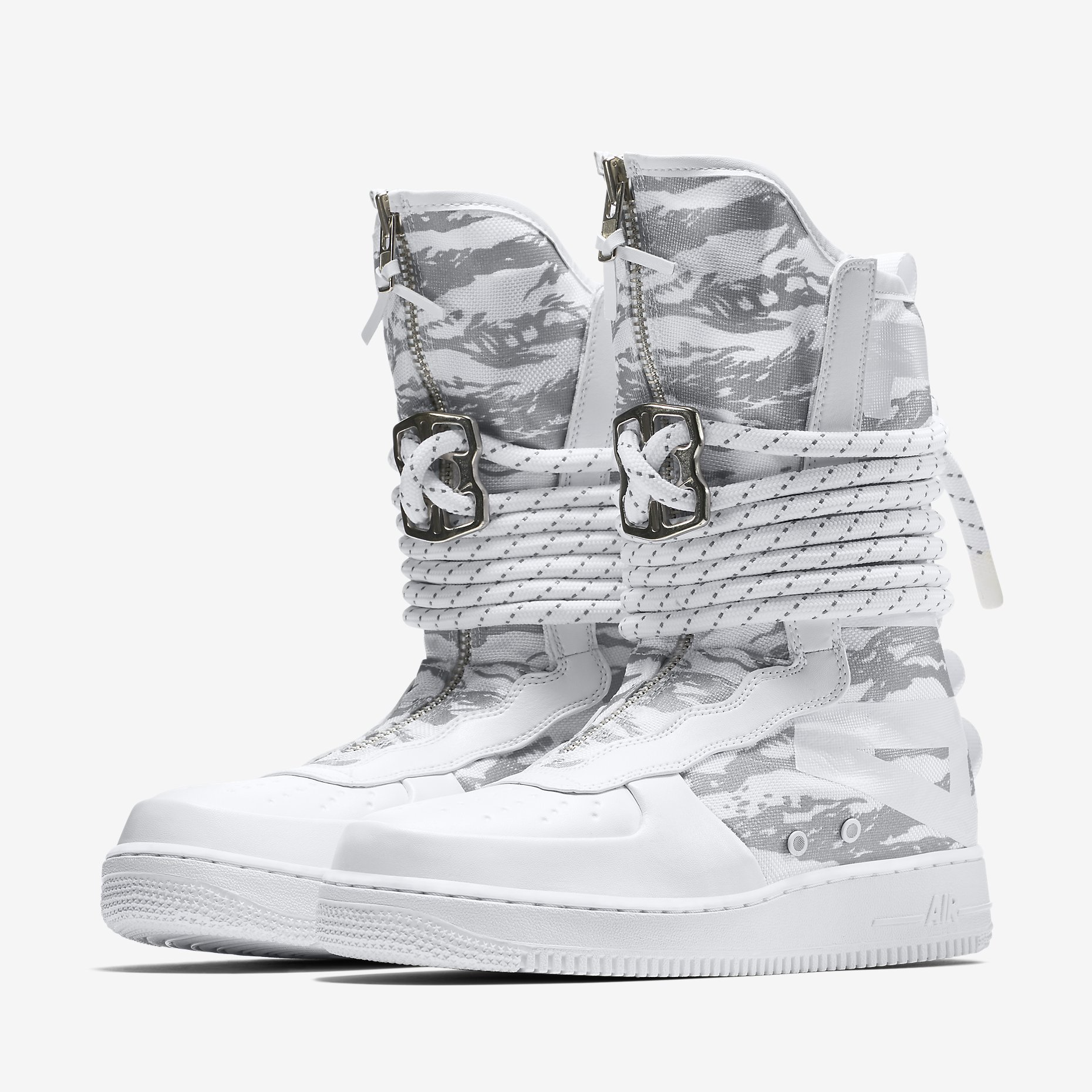 "Nike SF Air Force 1 High IBEX ""Triple White Camo"""