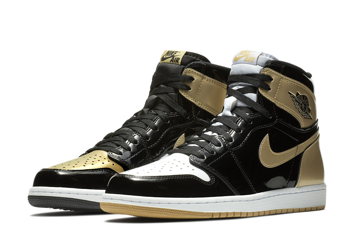 "Air Jordan 1 Retro High OG ""Black/Gold"""