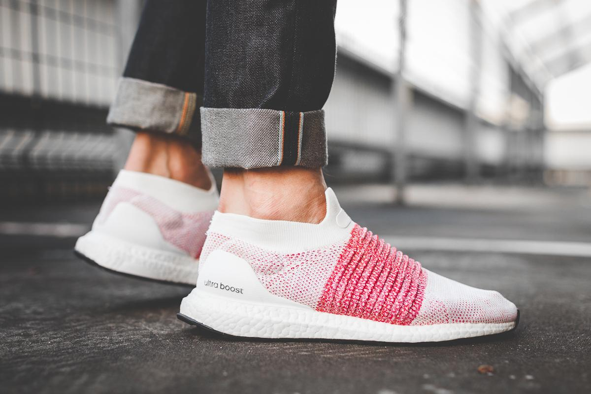 "On-Foot: adidas Ultraboost Laceless ""White & Scarlet"""