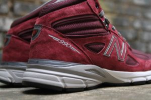 "New Balance 990v4 Mid ""Burgundy/Grey"""