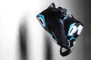 "Air Jordan 6 Retro ""Black/Carolina Blue"" Detailed Pictures"