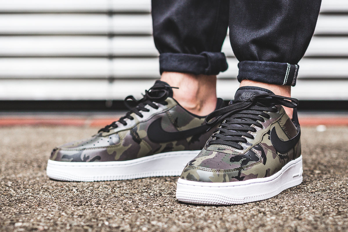buy popular 921bc be363 ... sequoia 097cd 66ca6  sweden nike air force 1 07 lv8 medium olive  baroque brown 06361 df8cb