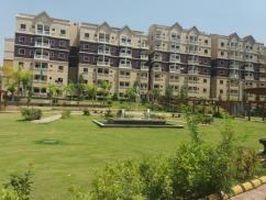 1102 Sq Ft Excellent Location Flat For Sale