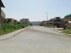 1 kanal Prime Location Residential Plot For Sale