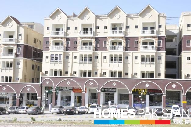 6.7 Marla 3 Bedrooms Defence Residency Flat For Rent