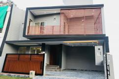 Modern Architecture - A house built with taste..