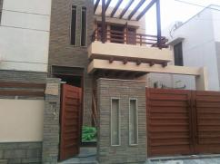 Corner 500 Sq Yards 4 Bedrooms Good Location Bungalow For Sale