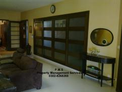 500 Sq Yards 5 Bedrooms Ideal Location House For Sale