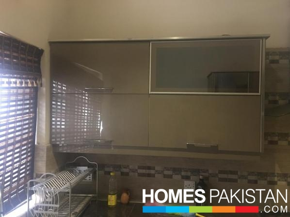 120 Square Yard Good Location House For Sale
