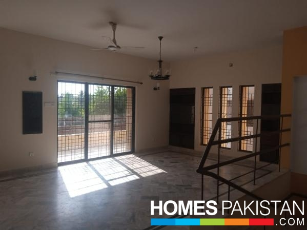 Ideal Location 500 Sq. yard Bungalow For Sale with basement