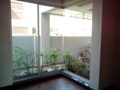 10 Marla Full House Phase 5 DHA Lahore for rent