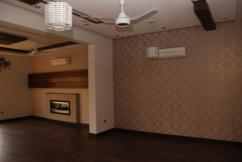 1 Kanal 5 Bedrooms Good Location Brand New Bungalow For Sale