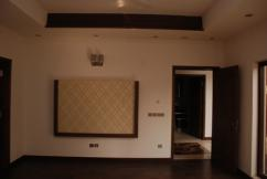 1 Kanal 5 Bedrooms Excellent Location House For Sale