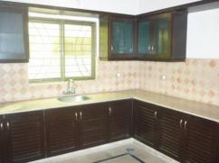 10 Marla 4 Bedrooms Ideal Location House For Sale