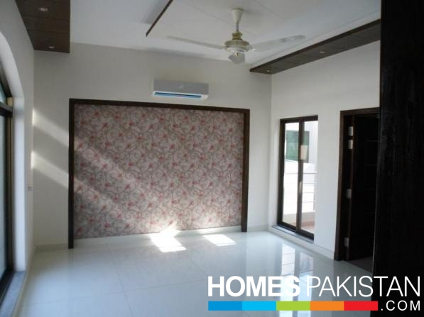 5 Marla 3 Bedrooms Excellent Location House For Sale