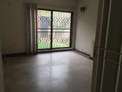 1 Kanal 5 Rooms Attractive Location Commercial House For Rent