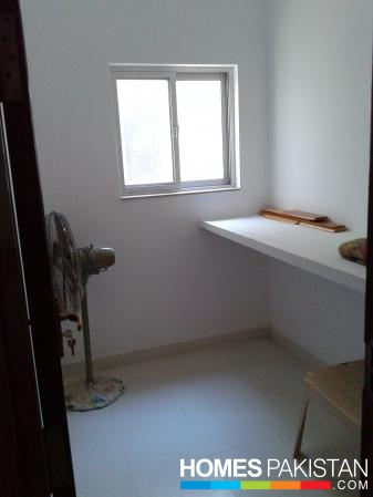5 Marla 3 Bedrooms Ideal Location House For Sale In H Block