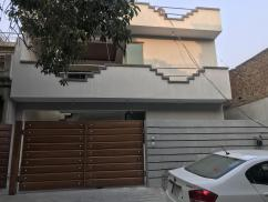 10 Marla 5 Bedrooms Prime Location House For Sale In Sector D1