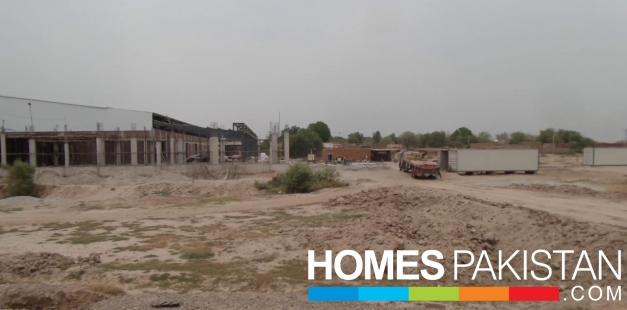 Ideal Location 10 Marla Residential Plot For Sale