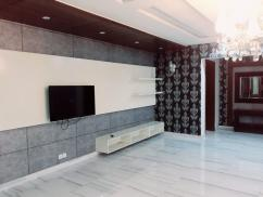 5 Marla ideal location House For Sale In Johar Town