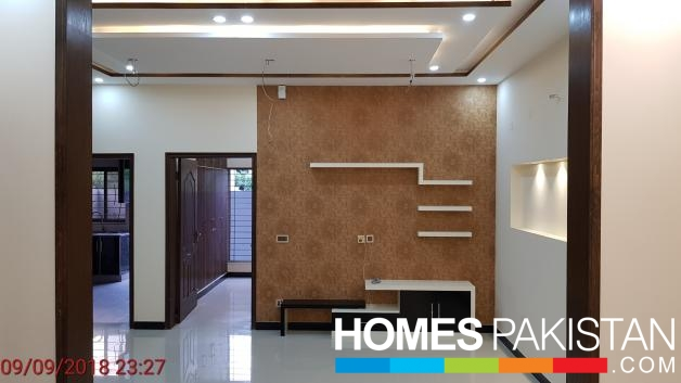 Brand New 5 Marla House Facing Park For Sale in Dream Gardens, Lahore.