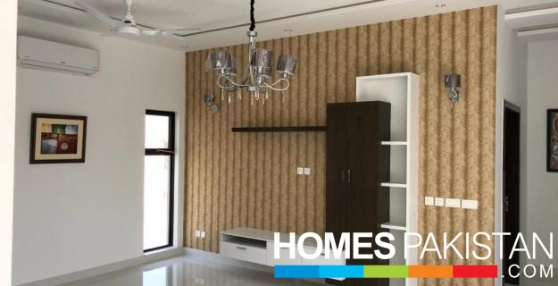 50 Ft Road 3.5 Marla Brand New House For Sale