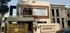10 Marla Pleasing House In Sector C Bahria Town Lahore