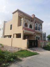 5 Marla Beautiful Location House For Sale