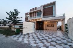 1 Kanal Beautiful location house for sale in DHA phase 7