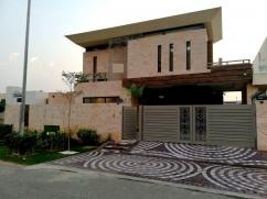 1 Kanal bungalow for sale in heart of the DHA phase 6.