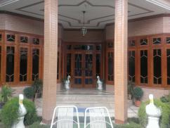 25 Marla 3 Bedrooms Furnished House For Sale in Tariqabad Colony Near Chowk Kutchery