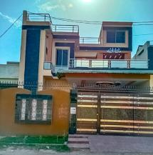 10 Marla area, 2 Manzla Kothi for sale in Shalimar Colony.