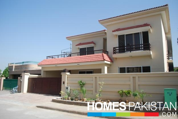1 kanal 7 bedroom s house for sale - Swimming pool in bahria town lahore ...