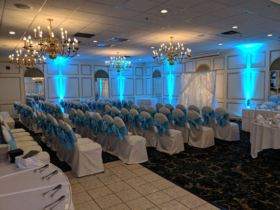 Maine wedding lighting 550px