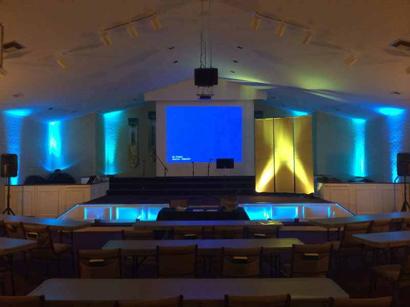 Leadership summit event lighting