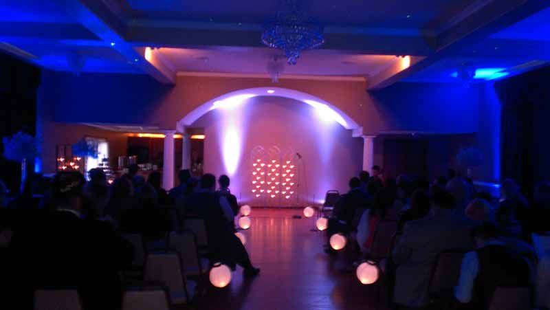 Lighting a wedding ceremony