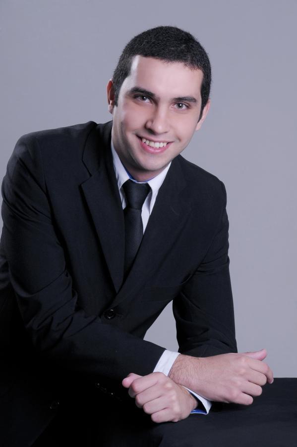 JULGADOR - Felipe Fontana.jpg