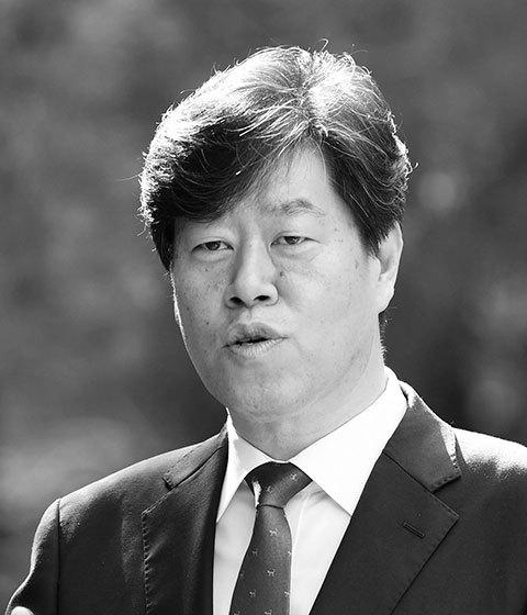 Eui-Seung Kim