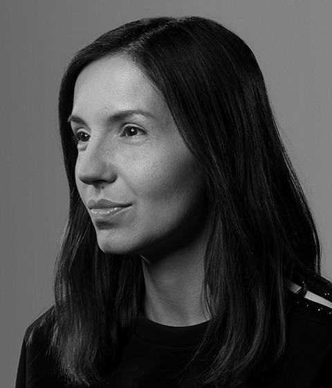 Loredana Crisan