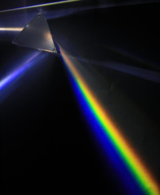 Lightdispersionofamercuryvaporlampwithaflintglassprismipnr012515209574401520957440