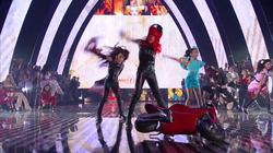 Britney Spears - Mtv VMA 2011 Tribute Accepting Michael Jackson Award